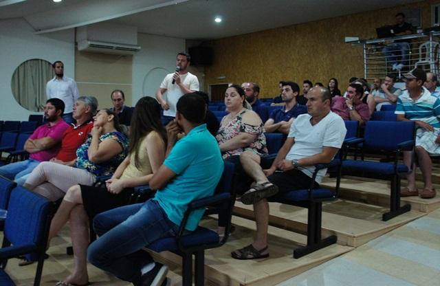 População opinou sobre as propostas da administração municipal. Foto de divulgação
