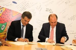 Governador Beto Richa e o representante do BID no Brasil, Hugo Flórez Timoran (Foto: AEN)