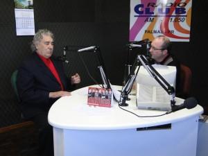 Vicente Telles em 2011, durante entrevista à Rádio Club de Palmas (Arquivo/RBJ)