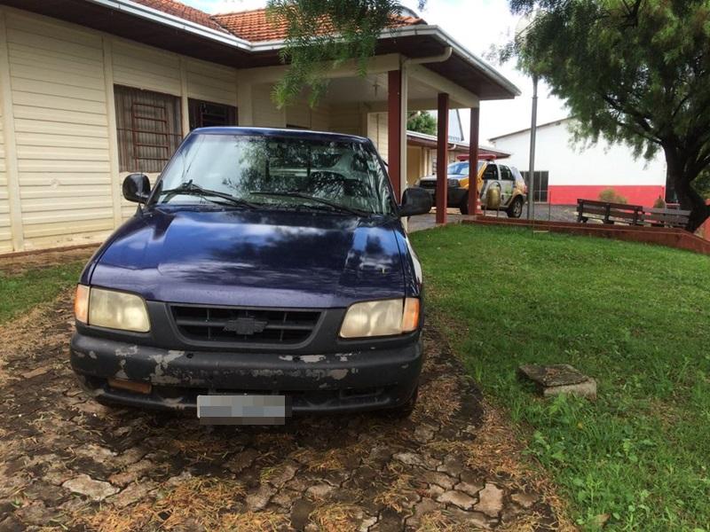 Camionete havia sido furtada no Bairro Nossa Senhora Aparecida, no dia 30 de dezembro. Foto: Polícia Militar